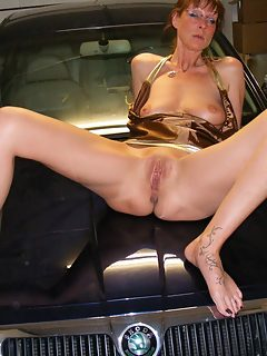 Horny Milf Getting Pounded